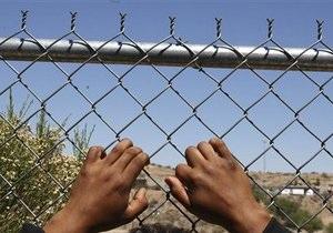 Новости США: В США из-за дефицита средств отпущены на свободу две тысячи нелегалов