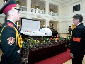 Ющенко подписал указ Об увековечении памяти Павла Загребельного