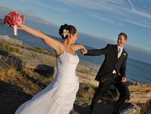 День трех восьмерок вызвал свадебный бум в Севастополе