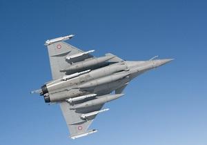США согласились продлить бомбардировки в Ливии
