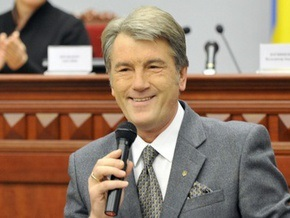 Ющенко написал журналистам письмо благодарности за котенка