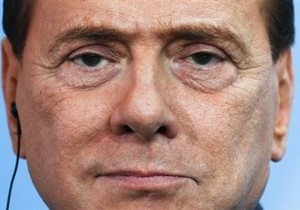 Путин: Берлускони не только девушками интересуется