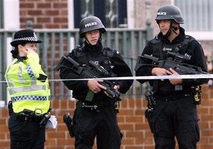 Британец объявил войну полиции из-за разрыва отношений с девушкой