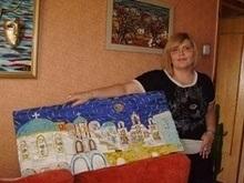 В Запорожье художница создает картины из кожи