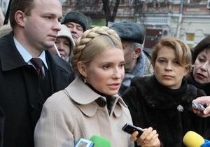 Тимошенко утверждает, что дело об автомобилях скорой помощи сфальсифицировано