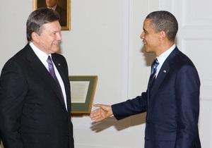 Фотогалерея: Теплая встреча. Янукович пообщался с Обамой