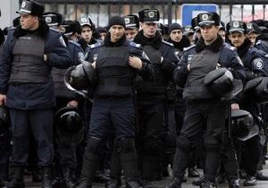 Тимошенко - Щербань - суд - Беркут силой вывел депутатов из зала суда, где слушается дело Щербаня
