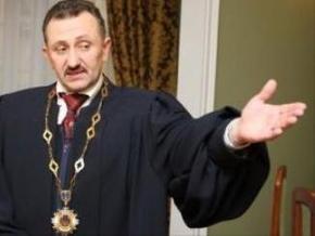 Во Львовском суде утверждают, что судья Зварич находится на больничном