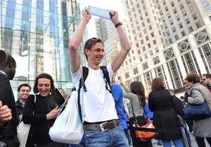 Фотогалерея: Кто на новенького. Начались официальные продажи iPad