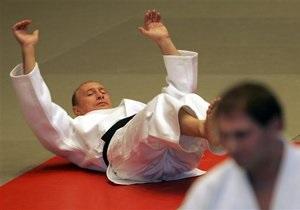 Песков: У Путина нет необходимости доказывать, что он здоров