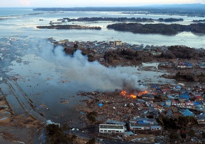 Фотогалерея: Остров разрушения. Землетрясение и цунами парализовали жизнь миллионов жителей Японии