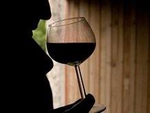 Россияне стали пить меньше водки, но больше пива и вина