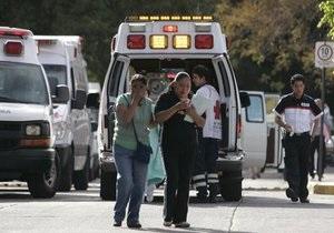 В Мексике неизвестные подожгли городской автобус: есть погибшие