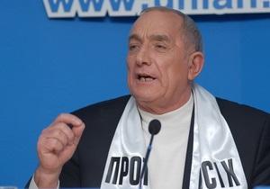 Протывсих проголосует за Януковича