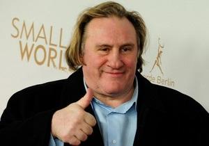 Представитель Депардье заявил, что актер не был пьян во время инцидента в самолете
