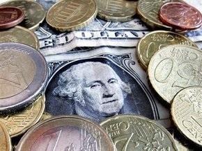 Курсы доллара и евро определяются кризисом - эксперты