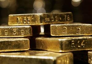 Золотой запас - Украине грозит сокращение золотовалютных резервов и обвал гривны - S&P