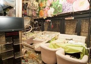 Взрыв в ресторане в центре Киева - ресторан Апрель  - взрыв в Киеве - Количество пострадавших от взрыва в киевском ресторане возросло до 11 человек - Красноармейская, 25
