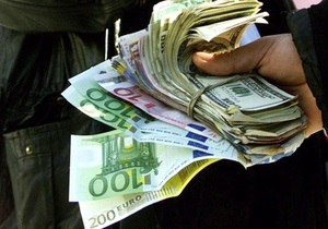 Евро снижается после подъема