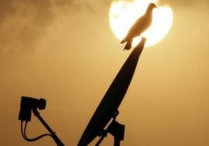 Первый национальный начинает вещание со спутника