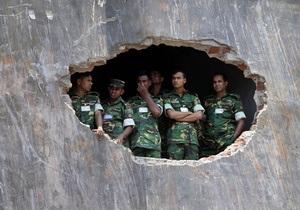 Камбоджа: обрушилось здание обувной фабрики, есть погибшие