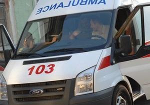 Трое нетрезвых жителей Винницы упали с балкона третьего этажа
