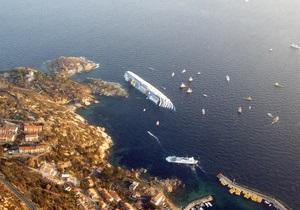 С затонувшего в Италии Costa Concordia спасены южнокорейские молодожены