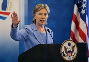 Клинтон: Иран движется к военной диктатуре