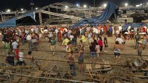 Число пострадавших при обрушении сцены в штате Индиана возросло до 43