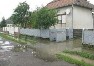 Кабмин оценивает убытки от паводка в Западной Украине в 70 млн гривен