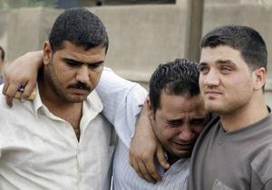 В Ираке смертник совершил теракт, использовав жилет со взрывчаткой: 14 погибших