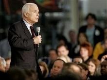 Маккейн отказался считать себя неместным