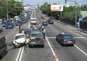 В Киеве в ДТП погибли два человека