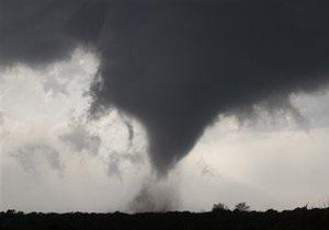 На немецкий остров Хельголанд обрушился торнадо