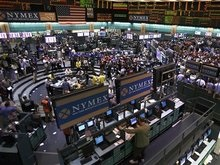 Обзор рынков: Нефть подешевела