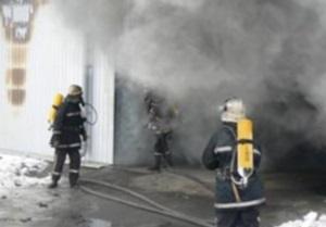 Спасатели МЧС ликвидировали пожар в винницком торговом центре