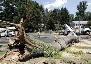 Число жертв шторма на востоке США превысило 20 человек