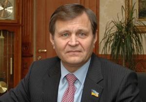 Охрану депутата от Партии регионов обвиняют в избиении сотрудника ГАИ