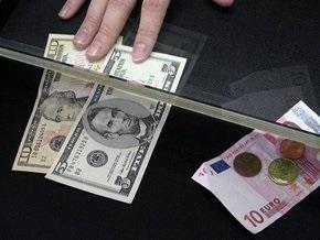 Доллар в обменниках стоит 8,52-8,56 гривны