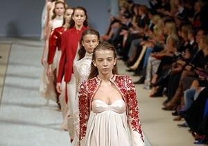 Фотогалерея: Ready-to-Wear от Берарди. Любимый дизайнер Виктории Бекхэм показал коллекцию в Киеве