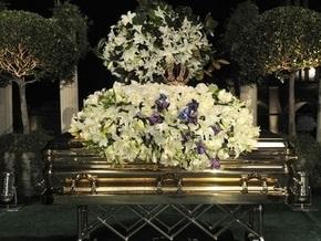 Брат Майкла Джексона недоволен показом в СМИ похорон короля поп-музыки