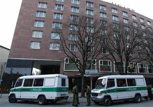 Неизвестные с автоматами и мачете похитили призовой фонд турнира по покеру в Берлине