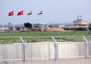 Турция проводит танковые учения на границе с Сирией