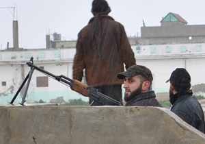 В правительственном квартале Дамаска идет перестрелка между военными и повстанцами