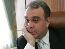 УП: Прокуратура требует лишить Жванию гражданства Украины