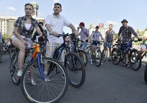 Фотогалерея: Велопарад в клетку. Слет велосипедистов на Майдане Незалежности