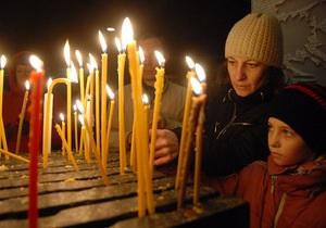 В Луганске и Днепропетровске почтили память жертв Голодомора