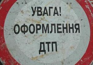 В Киеве автомобиль столкнулся с милицейской Газелью