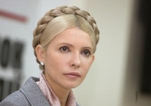 Адвокат: Тимошенко настаивает на очной ставке с Ющенко