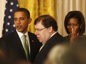 Ирландский премьер по ошибке начал читать с телесуфлера речь Обамы